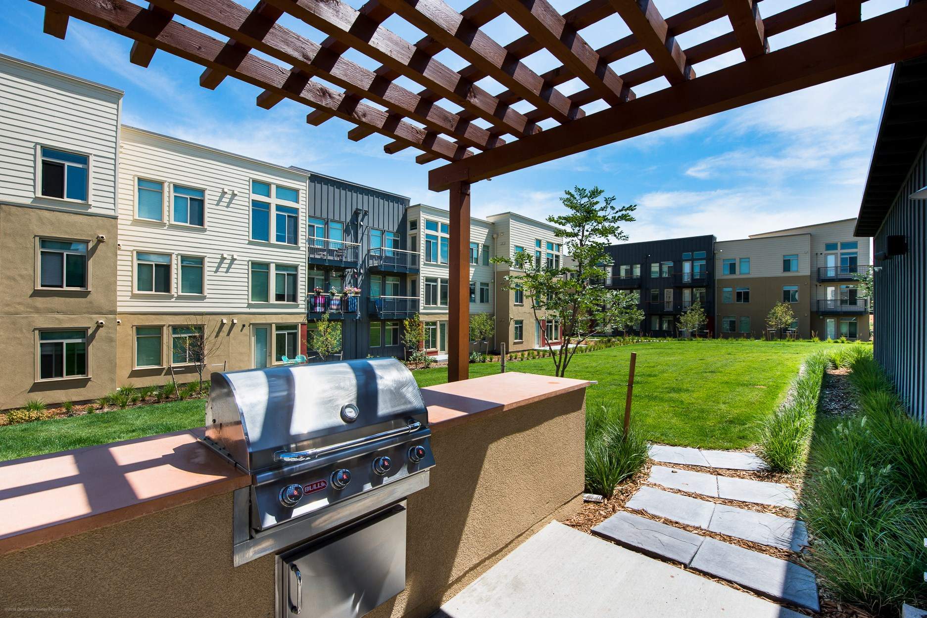 Grill at 8000 Uptown Apartments in Broomfield, CO