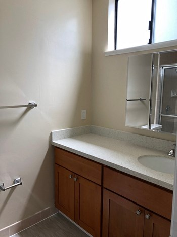 1535 Taraval St 2 Beds Apartment for Rent Photo Gallery 1