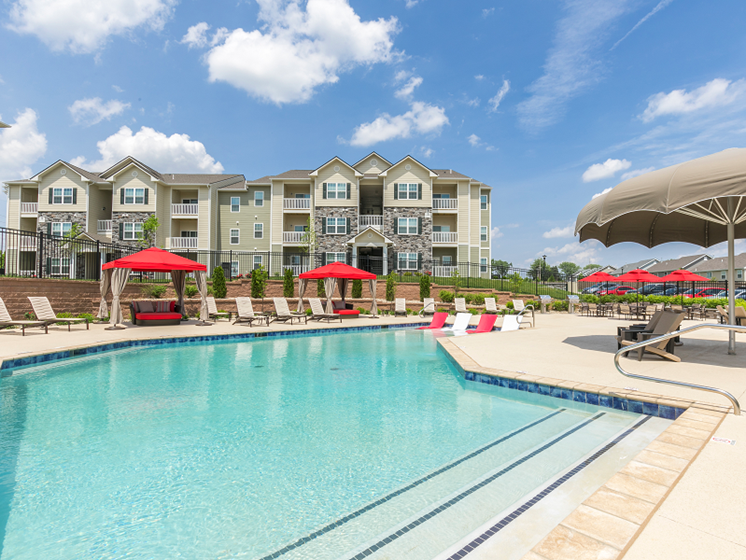Poolside Cabana and Entertainment Area at Aventura at Maryland Oaks, St. Louis, MO