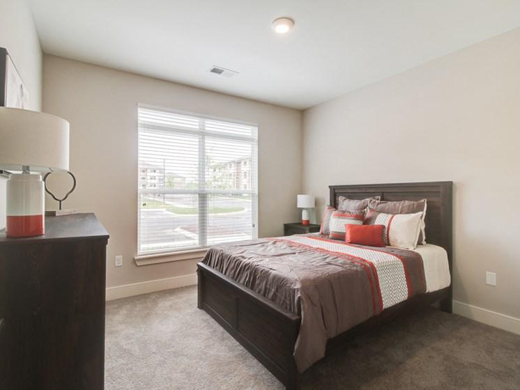 Live in Cozy Bedrooms at The Edison at Peytona, Gallatin, TN