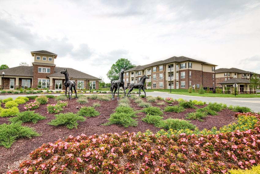 Beautiful Landscaping and Park-like Setting at The Edison at Peytona, Tennessee