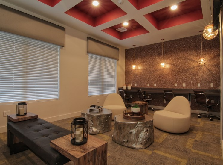 lounge luxury apartments in castle rock