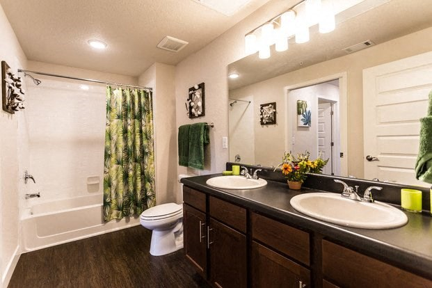 Bathroom | Apartments For Rent Fort Collins
