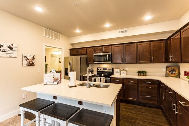 Apartment Kitchen | Apartments For Rent Fort Collins