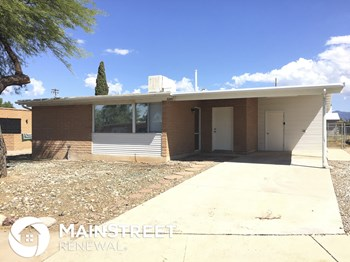 3241 S Pam Pl 2 Beds House for Rent Photo Gallery 1