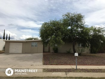 4757 S Lantana Cir 3 Beds House for Rent Photo Gallery 1