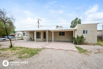 4209 S Liberty Ave 2 Beds House for Rent Photo Gallery 1