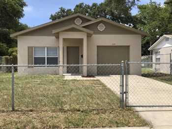 1321 Melrose Ave S 3 Beds House for Rent Photo Gallery 1