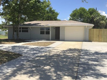 10426 Syringa Ct 3 Beds House for Rent Photo Gallery 1