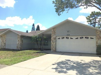 7332 Chairman Ct 3 Beds House for Rent Photo Gallery 1