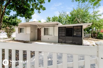 1407 N 57Th Ave 2 Beds House for Rent Photo Gallery 1