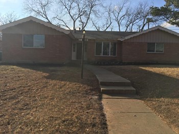 1950 Shelman Trl 3 Beds House for Rent Photo Gallery 1