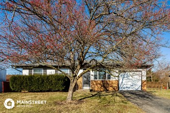 1328 Whitby Sq N 3 Beds House for Rent Photo Gallery 1