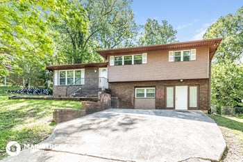 221 Chickasaw Drive 3 Beds House for Rent Photo Gallery 1