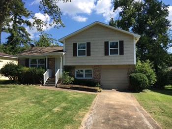 1717 Molly Dr 3 Beds House for Rent Photo Gallery 1