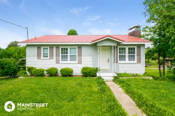 960 7th Place 3 Beds House for Rent Photo Gallery 1