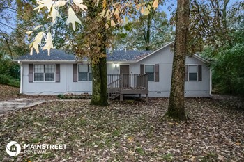 319 22nd Ter NE 3 Beds House for Rent Photo Gallery 1