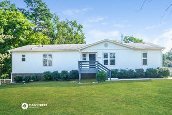 2741 Wood Drive 3 Beds House for Rent Photo Gallery 1