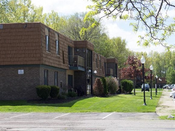 Trenton Place Apartments 34188 Euclid Ave Willoughby Oh Rentcafe