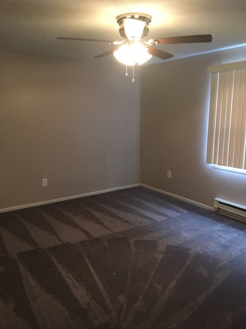 Bedroom of Townhouses have carpet