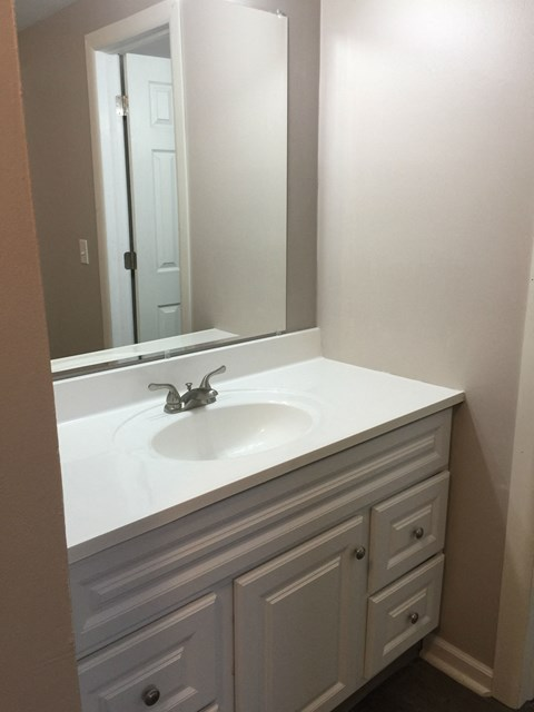 2nd vanity in 2 and 3 bedroom apartments