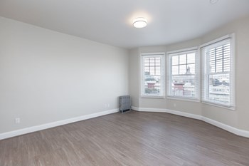1725 Turk St Studio-2 Beds Apartment for Rent Photo Gallery 1