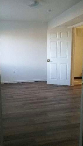 1735 S. Sheridan Ave. 2-4 Beds Apartment for Rent Photo Gallery 1