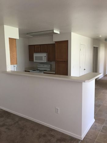 555 S. Old Butte Road 2-3 Beds Apartment for Rent Photo Gallery 1