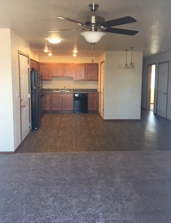 402 Ridgewater Dr. 1-3 Beds Apartment for Rent Photo Gallery 1
