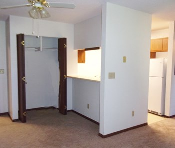 610 Treasure Ave 1-2 Beds Apartment for Rent Photo Gallery 1