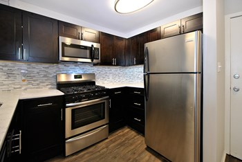 8375 Honeytree Blvd Studio-4 Beds Apartment for Rent Photo Gallery 1