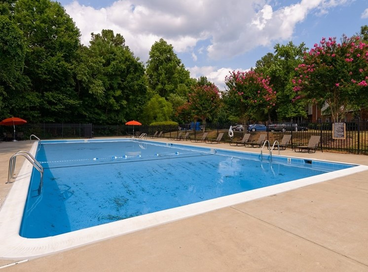 Millspring Commons Apartments in Richmond VA Pool