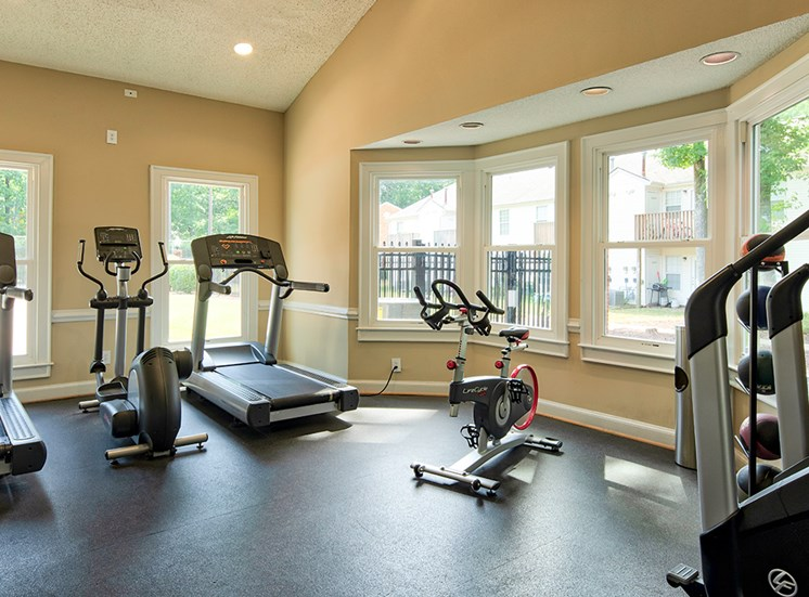 Fitness Center at the Courts of Yorkshire Downs Apartments
