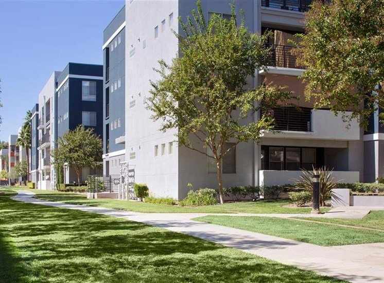 Dog run at Carillon Apartment Homes in Woodland Hills CA