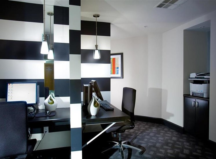 Business center at Carillon Apartment Homes in Woodland Hills CA