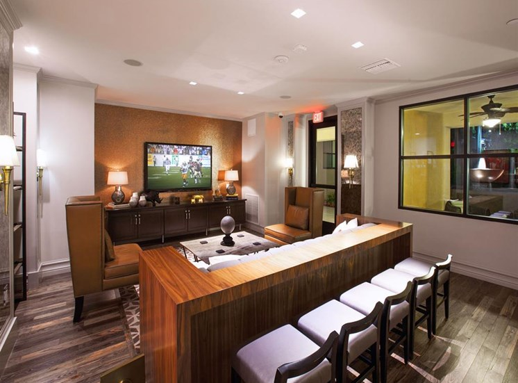 Resident lounge at Terrena Apartment Homes in Northridge CA