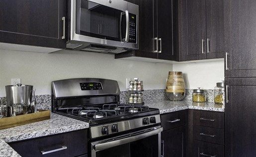 Gas stoves at Skye Apartments in Vista CA
