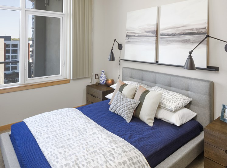 Studio, 1 & 2 Bedroom Apartments in Portland, OR