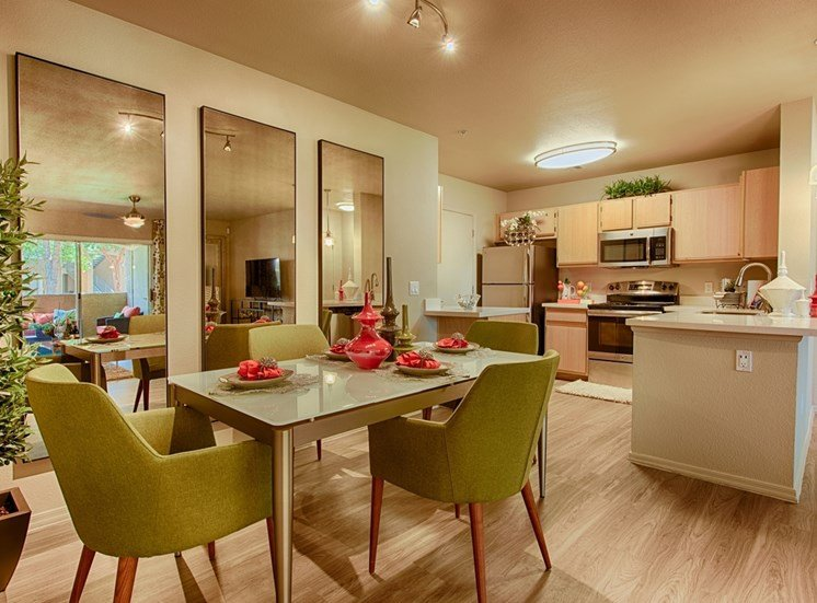 Defined Dining Space at Aventura, Avondale, AZ