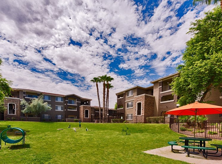Stonebridge Ranch Apartment Homes for Rent in Chandler, AZ - Outdoor Area