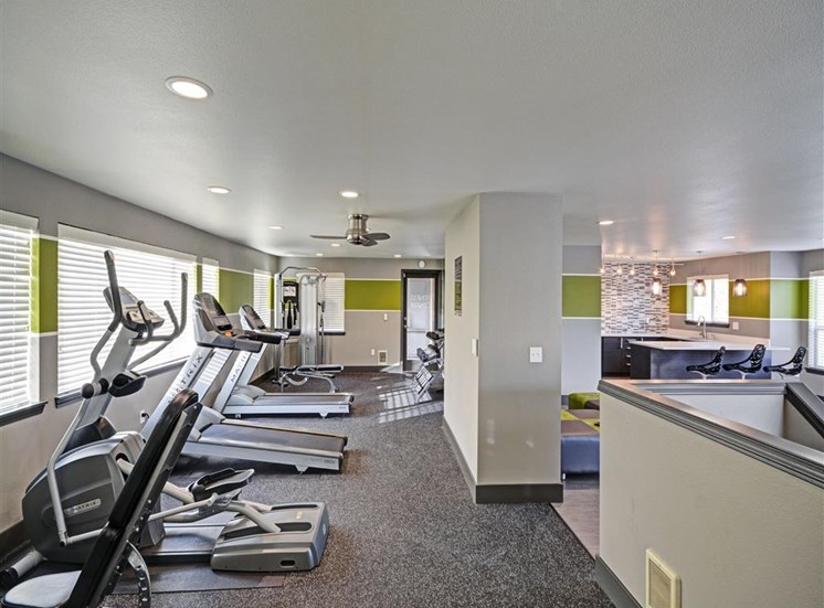Fitness center at Beacon at Center Apartments in Everett WA