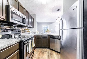 4447 Rainier St 1-2 Beds Apartment for Rent Photo Gallery 1