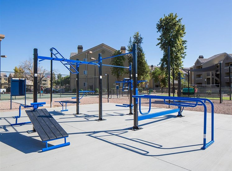 Fitness course at Array South Mountain Apartments in Phoenix AZ