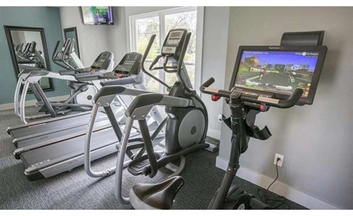 State-of-the-art equipment at Perimeter Lakes Apartments in Dublin Ohio