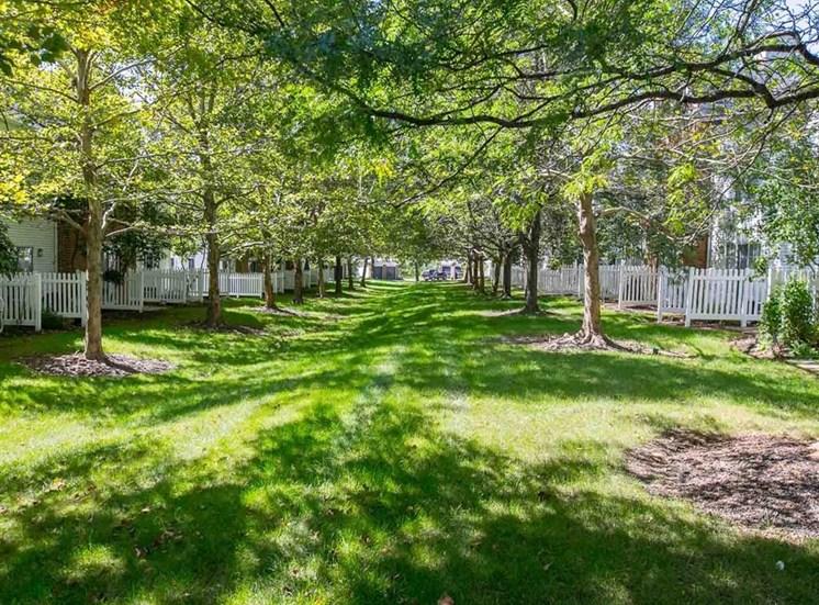 Neighborhood feel at Residence at Christopher Wren in Gahanna OH