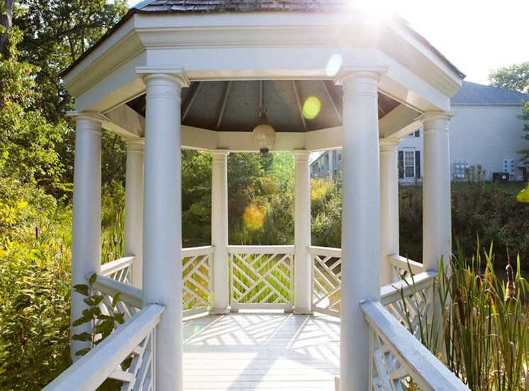 Gazebo at The Residence at Christopher Wren Apartments in Gahanna, OH