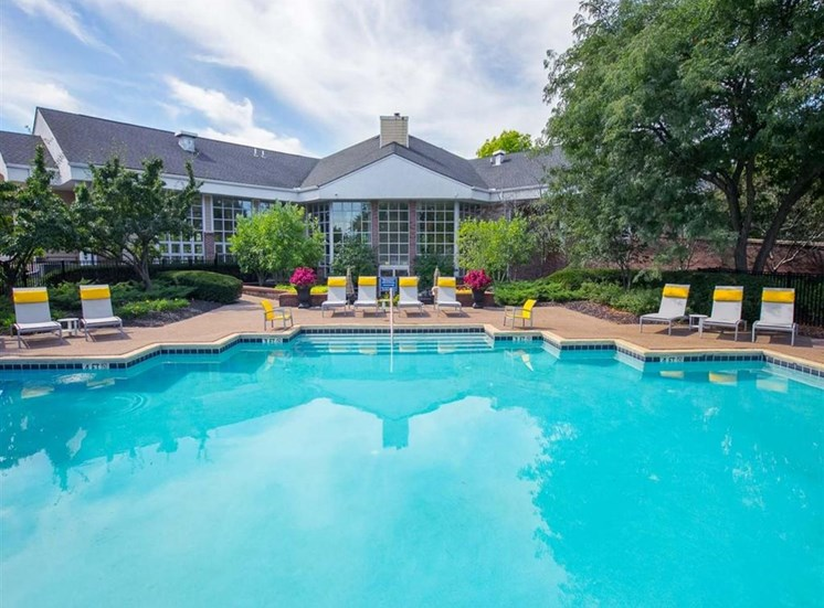 Swimming pool at Saw Mill Village Apartments in Columbus, OH