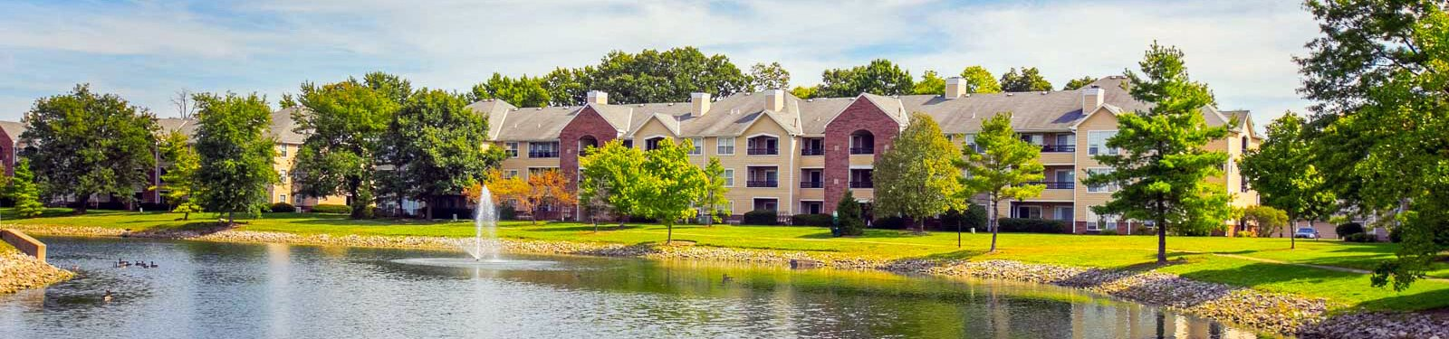 Lake view at Saw Mill Village Apartments in Columbus OH