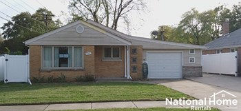 5113 W 90Th Street 3 Beds House for Rent Photo Gallery 1