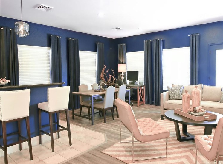Resident social lounge at Ardenne Apartments in Lafayette, CO located near Boulder, CO